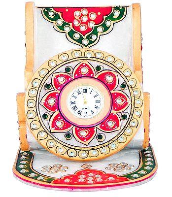 Uniquely Crafted clocks