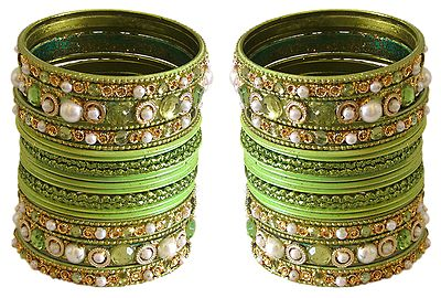 Stone and Pearl Studded Green Bangles