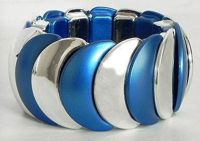 Blue and White Stretchable Link Bracelet