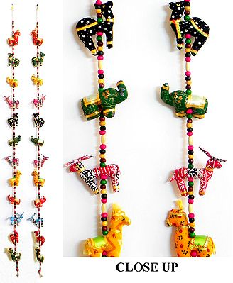 A Pair of String Wall Hangings with Four Cute Animals with Beads in Each