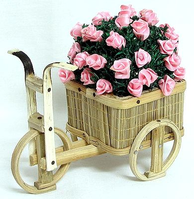 Bouquet of Pink Rose in a Cart