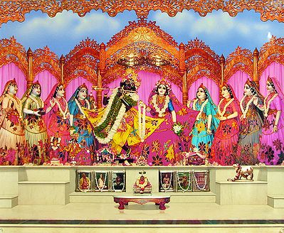 Radha Krishna with Ashtasakhi