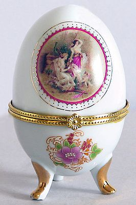White Egg Shaped Jewelry Box Decorated with Painted Picture