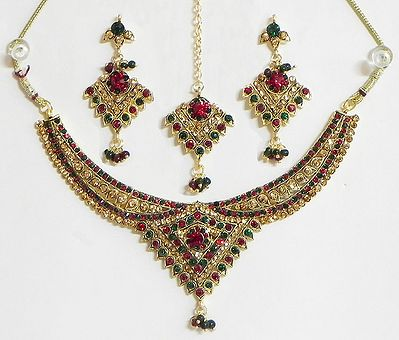 Dark Maroon, Green and Amber Yellow Stone Studded Necklace with Earrings and Maang Tikka