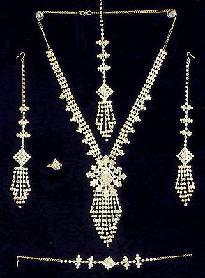 White Crystal Necklace Set with Bracelet, Mang Tika and Ring