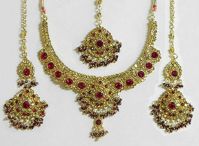 Maroon and Amber Yellow Stone Studded Necklace with  Earrings and Mang Tika
