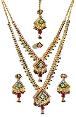 Faux Emerald, Garnet and Cubic Zirconia Necklace Set with Mang Tikka