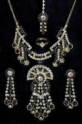 Black and White Stone Studded Necklace, Earrings, Ring and Mang TIka
