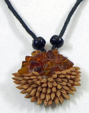 Round Pendant with Rice Grains and Stone Beads