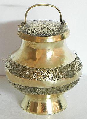Brass Kamandalu for Holy Water