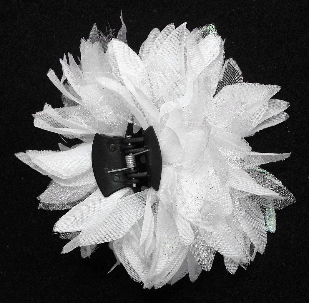 White Flower Hair Clutcher