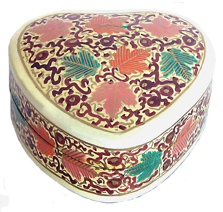 Hand Painted Heart Shaped Jewelry Box