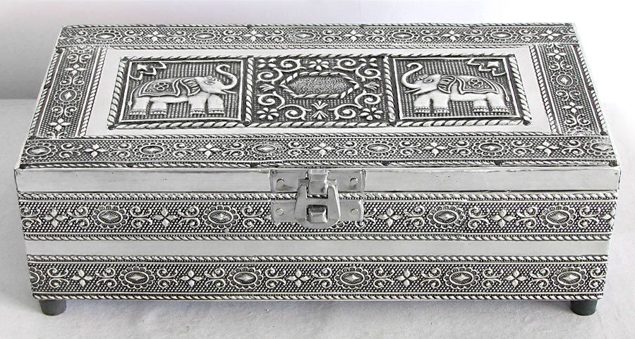 Metal Carving Jewelry Box with Velvet Lining