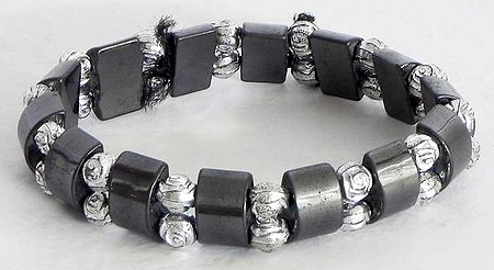 Dark Grey and White Bead Stretchable Link Bracelet
