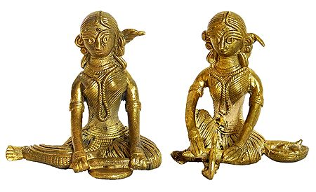 Set of 2 Village Women - Dhokra Tribal Art