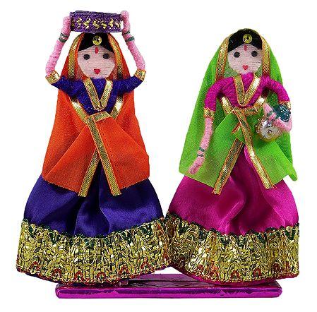 Pair of Gujarati Women - Wire Doll