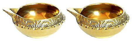 Brass Kuber Diya with Stand Brass Kuber Diya