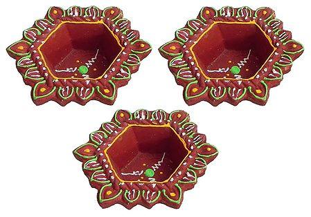 Set of 3 Hand Painted Maroon Hexagonal Diya