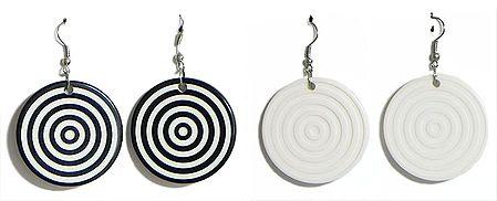 Set of 2 Pairs Black and White Circular Earrings