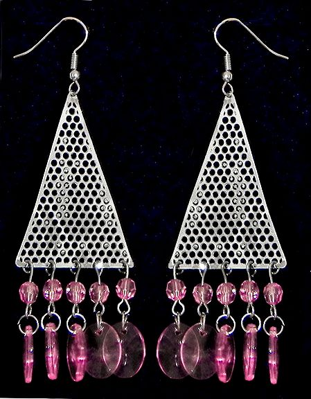 Metal Net Triangle Earrings with Pink Beads