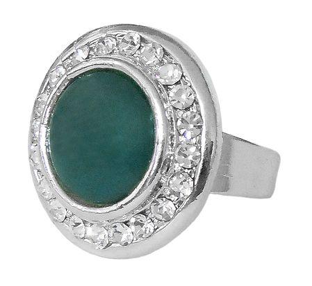 White and Dark Green Stone Setting Metal Ring