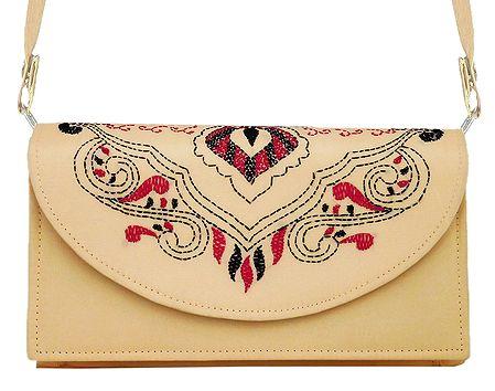Beige Bag with Kantha Stitch