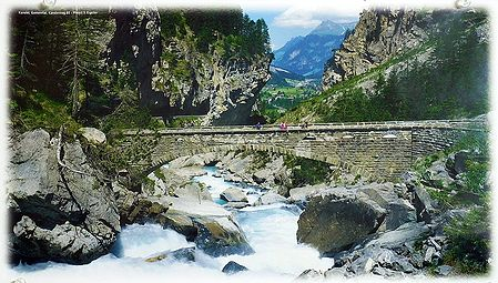Kander River in Gasterntal - Switzerland - Photo by S.Eigstler