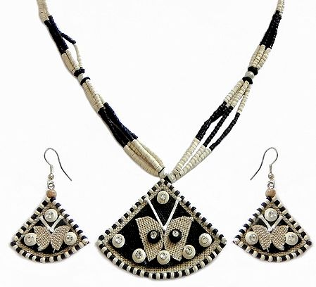 Black and White Bead Necklace with Pendant and Earrings