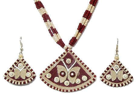 Maroon and Off-White Bead Necklace with Jute Pendant and Earrings