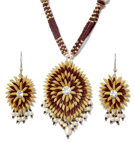 Wooden Bead Necklace with Paddy Pendant and Earrings