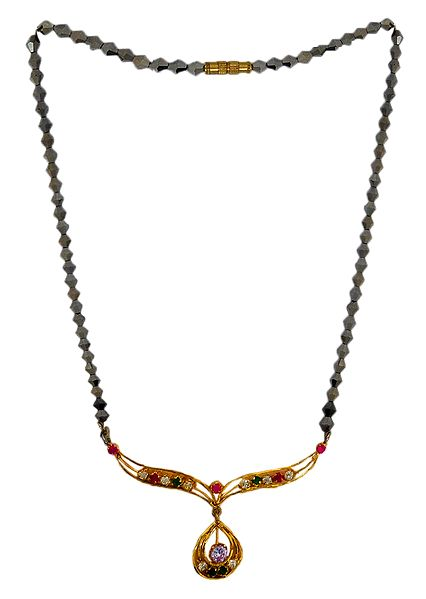 Crystal Bead Necklace with Stone Studded Pendant