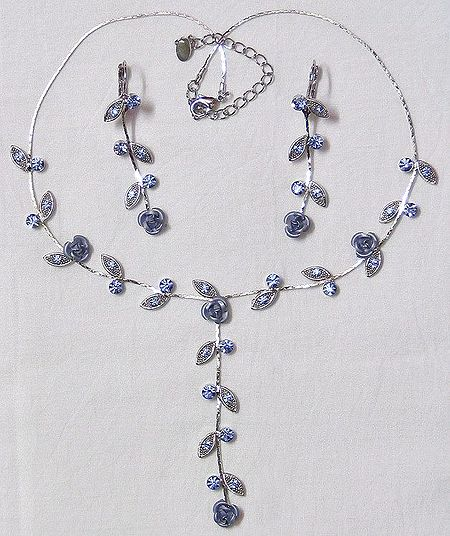 Faceted Cubic Zirconia with Metal Rose Necklace Set