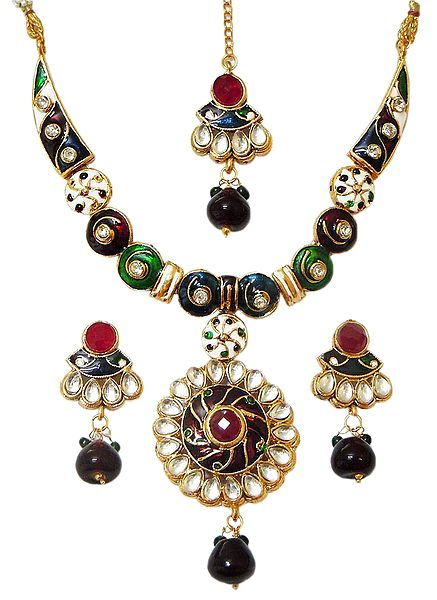 Multicolor Lacquered Necklace with Kundan Work Pendant, Earrings and Mang Tika
