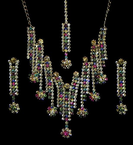 Multicolor Stone Studded Necklace, Earrings and Mang TIka