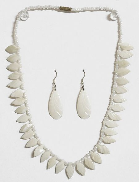 Shell Leaf Necklace with Earrings