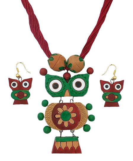 Maroon Thread Necklace with Terracotta Owl Pendant and Earrings