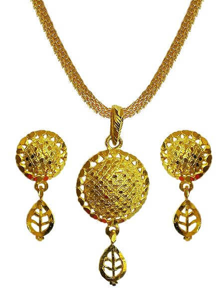 Gold Plated Chain with Pendant and Earrings