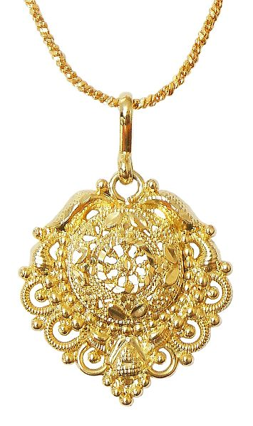 Gold Plated Chain with Pendant