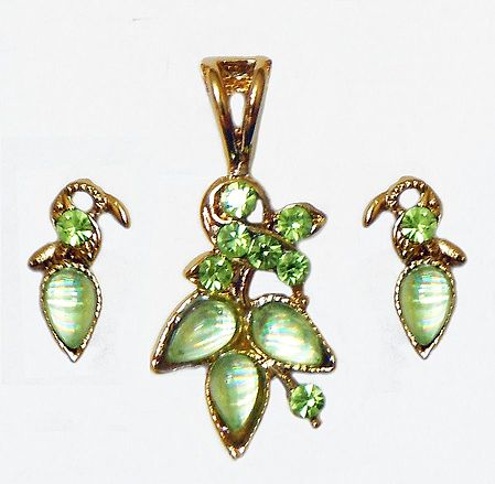 Light Green Stone Studded Pendant and Earrings