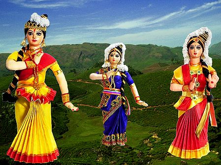 Mohini Attam Dancers - Unframed Photo Print on Paper