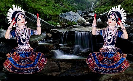 Odissi Dancers - Unframed Photo Print on Paper