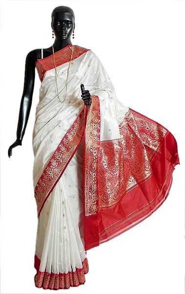 Banarasi White Koriyal Katan Silk Saree with All-Over Zari Boota, Red Border and Gorgeous Pallu