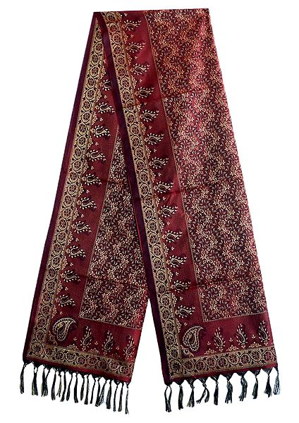 Maroon Banarasi Tanchoi Stole with Unending Loop Design