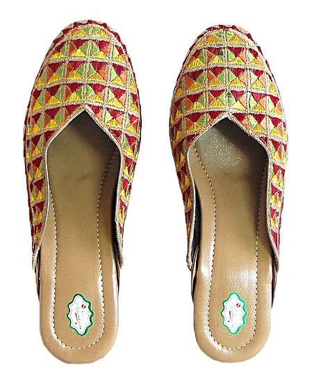 Multicolor Phoolkari Design Ladies Jooti