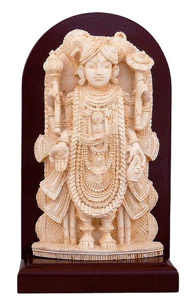 Dwarkadheesh Krishna - Stone Dust Statue