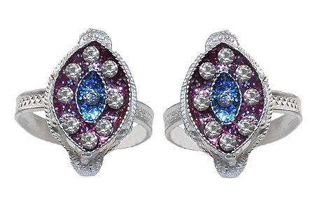 White Stone Studded Diamond Shaped Toe Ring