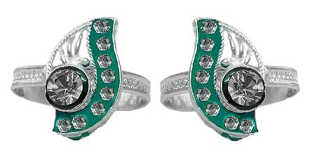 White Stone Studded on Green Laquered Paisley Design Adjustable Metal Toe Ring