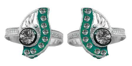 White Stone Studded Paisley Design Toe Ring