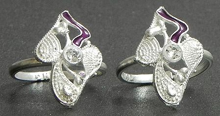 White Stone Studded Toe Ring