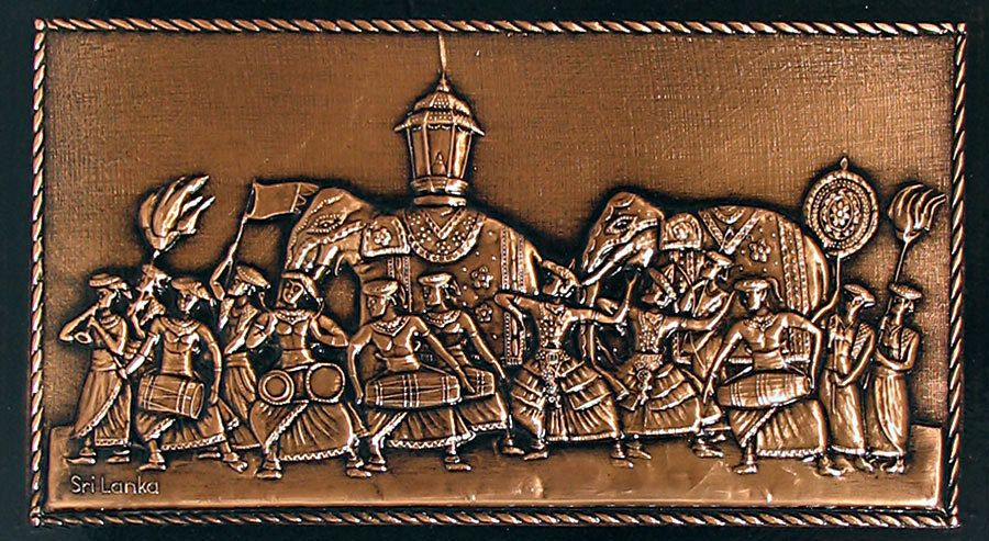 Sri lankan procession on copper plate wall hanging for Art decoration sri lanka